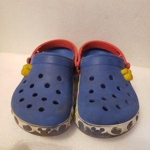Mickey mouse crocs jurors size 3